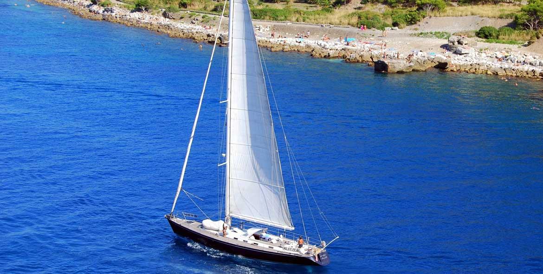 Barca a Vela Vacanze in liguria Velamica