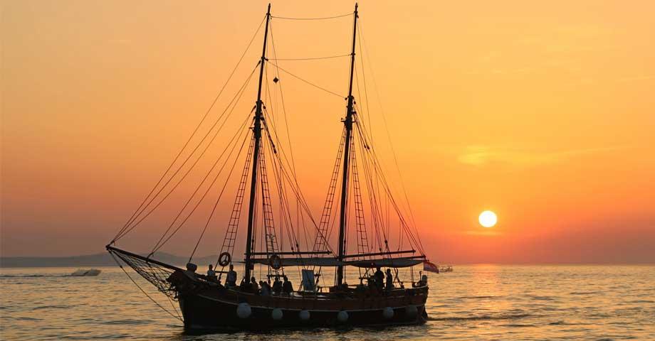 Barche d'Epoca Noleggio Velamica Charter Nautico